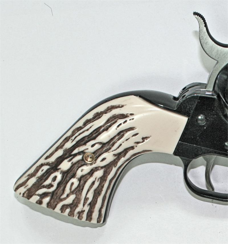 Ruger Vaquero Model XR3-RED Jigged-Bone Grips